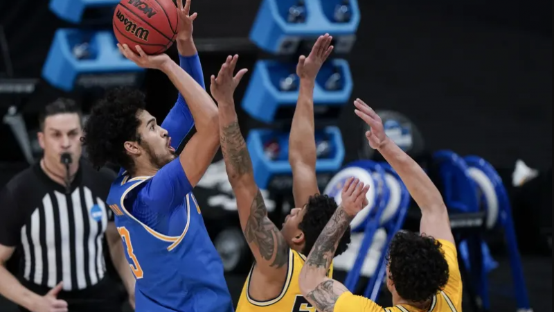 Observations from the UCLA-Michigan Game in the Elite Eight of the 2021 NCAA Tournament